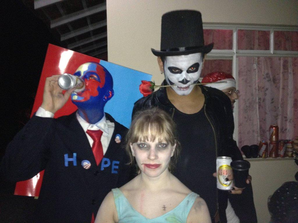 "Obama ""Hope"" poster Halloween costume"