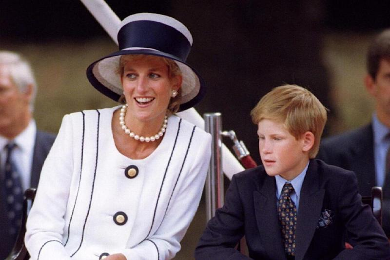 Royals: Princess Diana with Prince Harry in London, August 1995 (REUTERS)