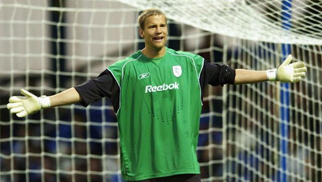 <p>Jussi Jaaskelainen spent 13-and-a-half seasons as Bolton number one between 1998 and 2012, with the vast majority of those coming in the Premier League. He barely missed a game during that time and became one of the top goalkeepers in England.</p> <br><p>Having also played European football with Bolton, Jaaskelainen extended his Premier League career by another couple of years after signing with West Ham in 2012.</p>