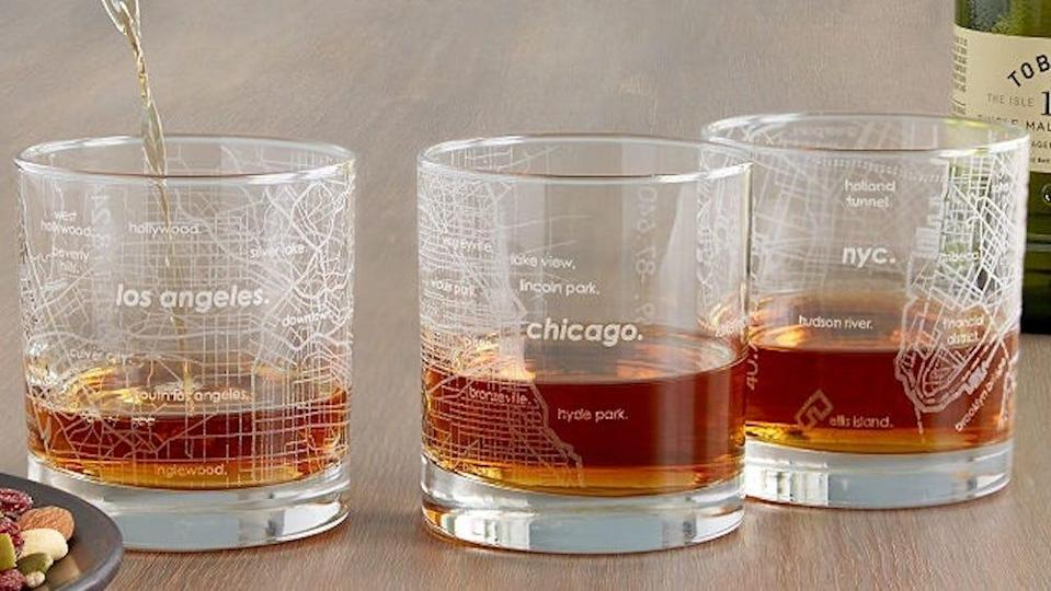Best gifts for boyfriends: Urban map glasses