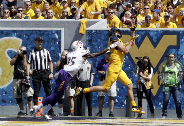 West Virginia wide receiver David Sills V (R) leads the country in touchdown receptions. (AP Photo/Raymond Thompson)