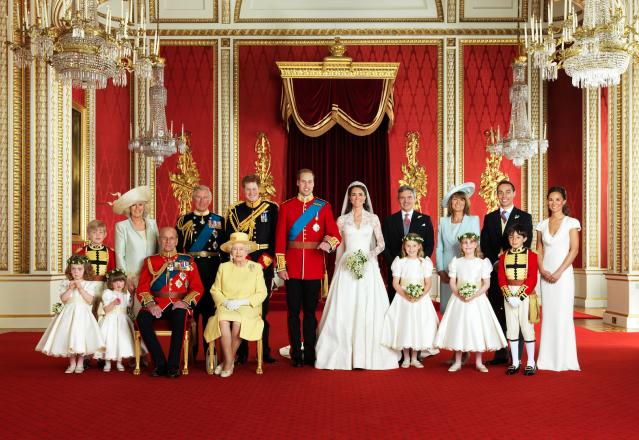 William and Kate had their wedding photos in the Throne Room. (Getty Images)