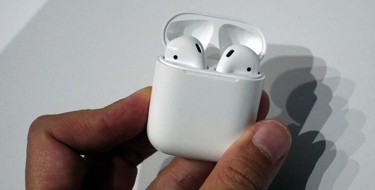 Apple AirPod charger