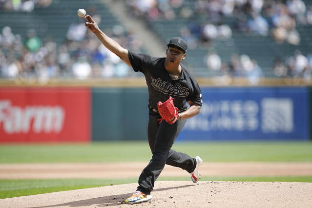 Chicago White Sox starting pitcher Reynaldo Lopez delivers during the first inning of a baseball game against the Texas Rangers Sunday, Aug. 25, 2019, in Chicago. (AP Photo/Jeff Haynes)
