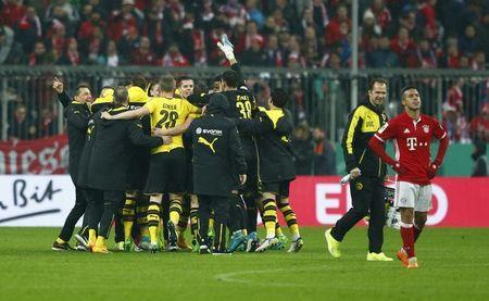 Soccer Football - Bayern Munich v Borussia Dortmund - DFB Pokal Semi Final - Allianz Arena, Munich, Germany - 26/4/17 Borussia Dortmund players celebrate after the match Reuters / Michaela Rehle Livepic