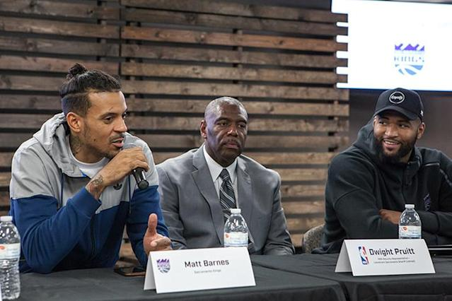 "Kings players <a class=""link rapid-noclick-resp"" href=""/mlb/players/9333/"" data-ylk=""slk:Matt Barnes"">Matt Barnes</a> (left) and <a class=""link rapid-noclick-resp"" href=""/nba/players/4720/"" data-ylk=""slk:DeMarcus Cousins"">DeMarcus Cousins</a> (right) joined former Sacramento Sheriff Dwight Pruitt in the discussion. (NBA.com/Kings)"