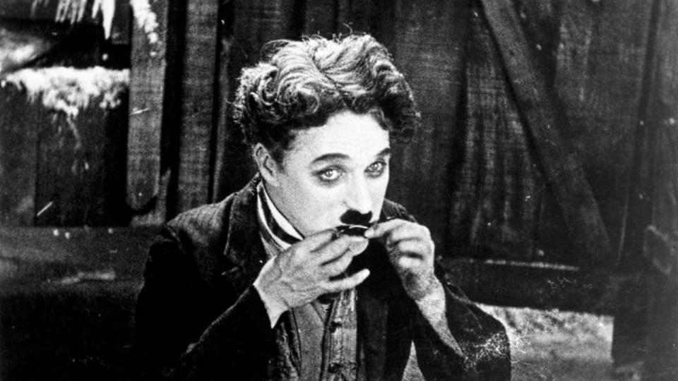 Charlie Chaplin in silent comedy film 'The Gold Rush'.