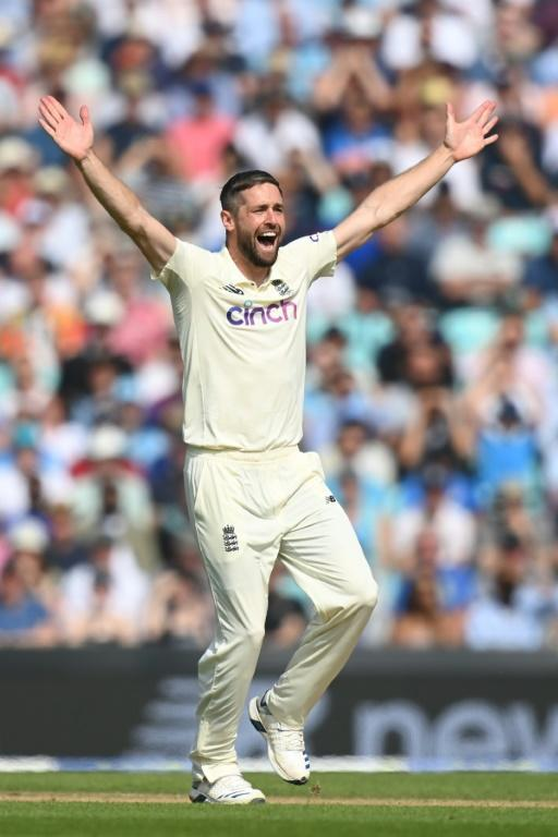 That's out: England's Chris Woakes wins an lbw verdict against India's Ravindra Jadeja in the fourth Test at the Oval (AFP/Glyn KIRK)
