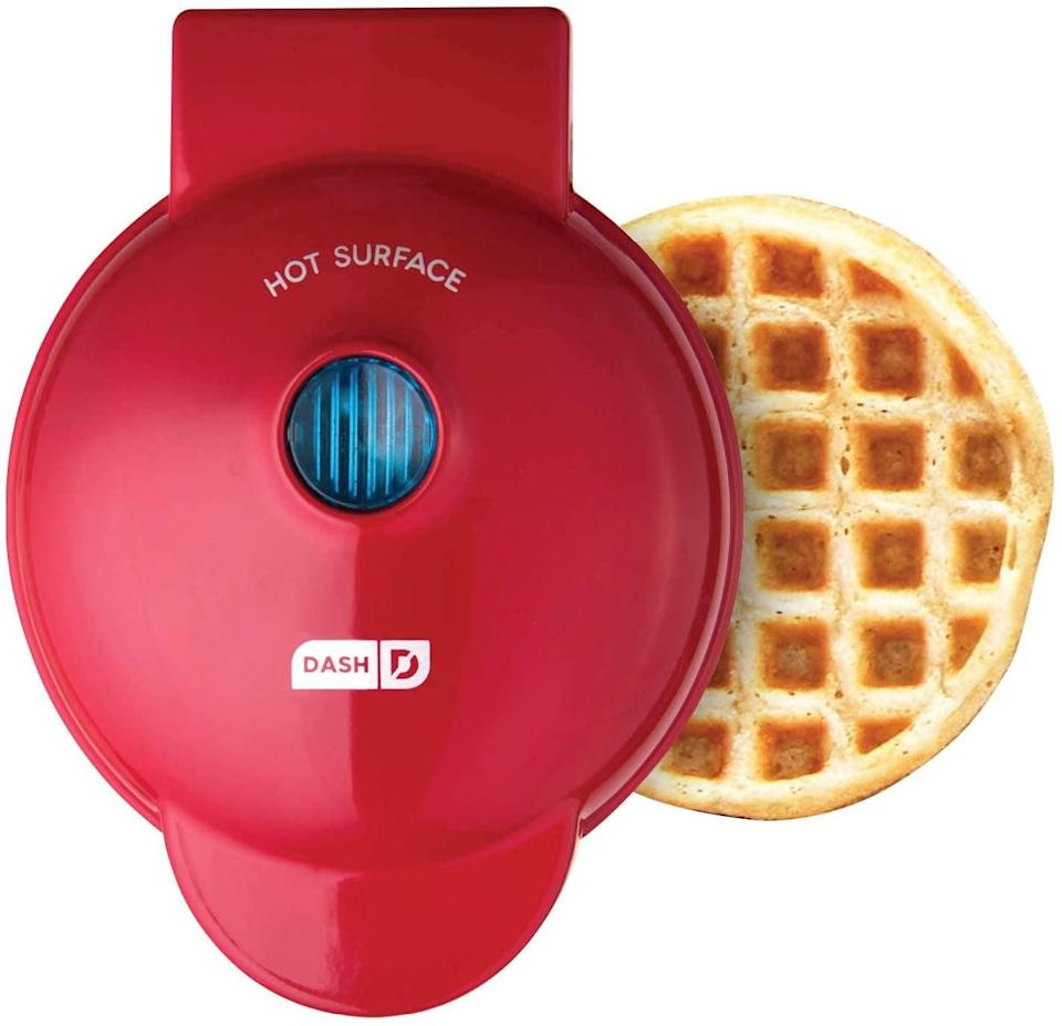<p>Create the yummiest waffles, hash browns, paninis and more with the <span>Dash DMW001RD Mini Waffle Maker Machine</span> ($10)</p>