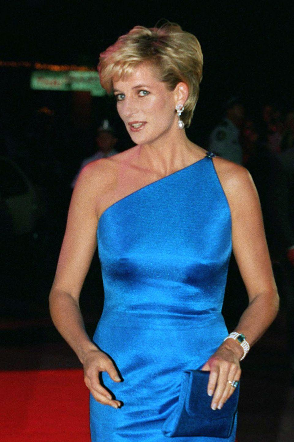 """<p>Diana, Princess of Wales had long worn a poofy <a href=""""https://www.goodhousekeeping.com/beauty/hair/news/g4020/princess-diana-hair/"""" rel=""""nofollow noopener"""" target=""""_blank"""" data-ylk=""""slk:'80s 'do"""" class=""""link rapid-noclick-resp"""">'80s 'do</a>, but a meeting with celebrity hair stylist Sam McKnight and a leap of faith inspired that chic pixie cut. """"Like many women, she used to hide behind her hair,"""" he told the <a href=""""http://www.telegraph.co.uk/beauty/people/sam-mcknight-on-creating-that-iconic-princess-diana-haircut/"""" rel=""""nofollow noopener"""" target=""""_blank"""" data-ylk=""""slk:Daily Telegraph"""" class=""""link rapid-noclick-resp""""><em>Daily Telegraph</em></a>. """"She said, 'what would you do if I gave you free reign?' I said, 'cut it short,' and she said, could you do it now?'""""</p>"""