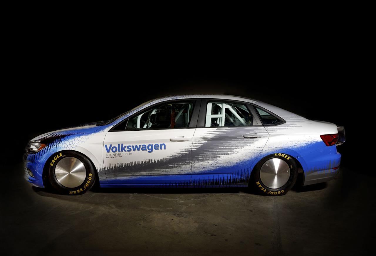 <p>To improve the stock 2019 Jetta's drag coefficient of 0.27, the suspension has been lowered, and special Salt Flat wheels and tires have been fitted.</p>