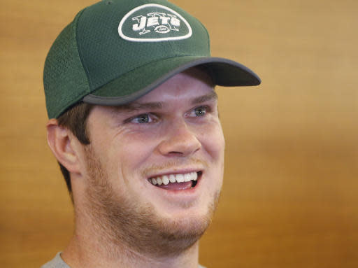 New York Jets quarterback Sam Darold talks to the media at the NFL football team's training camp Tuesday, June 12, 2018, in Florham Park, N.J. (AP Photo/Mark Lennihan)