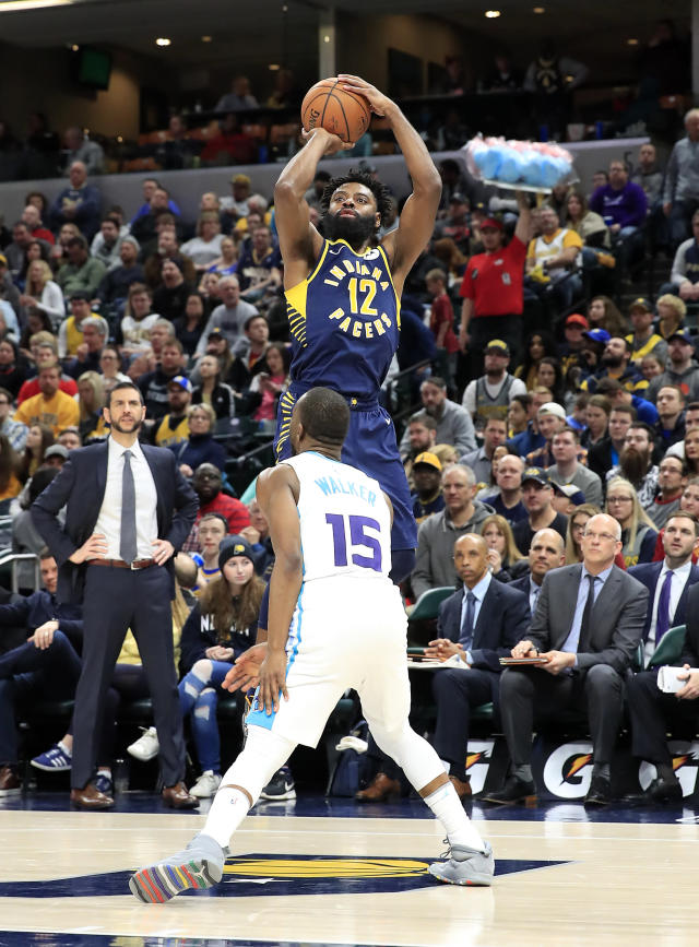 INDIANAPOLIS, INDIANA - JANUARY 20: Tyreke Evans #12 of the Indiana Pacers shoots the ball against of the Charlotte Hornets at Bankers Life Fieldhouse on January 20, 2019 in Indianapolis, Indiana. (Photo by Andy Lyons/Getty Images)