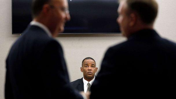 PHOTO: Texas Ranger David Armstrong testifies in fired Dallas police officer Amber Guyger's murder trial, Sept. 25, 2019, in Dallas. (Tom Fox/The Dallas Morning News via AP)