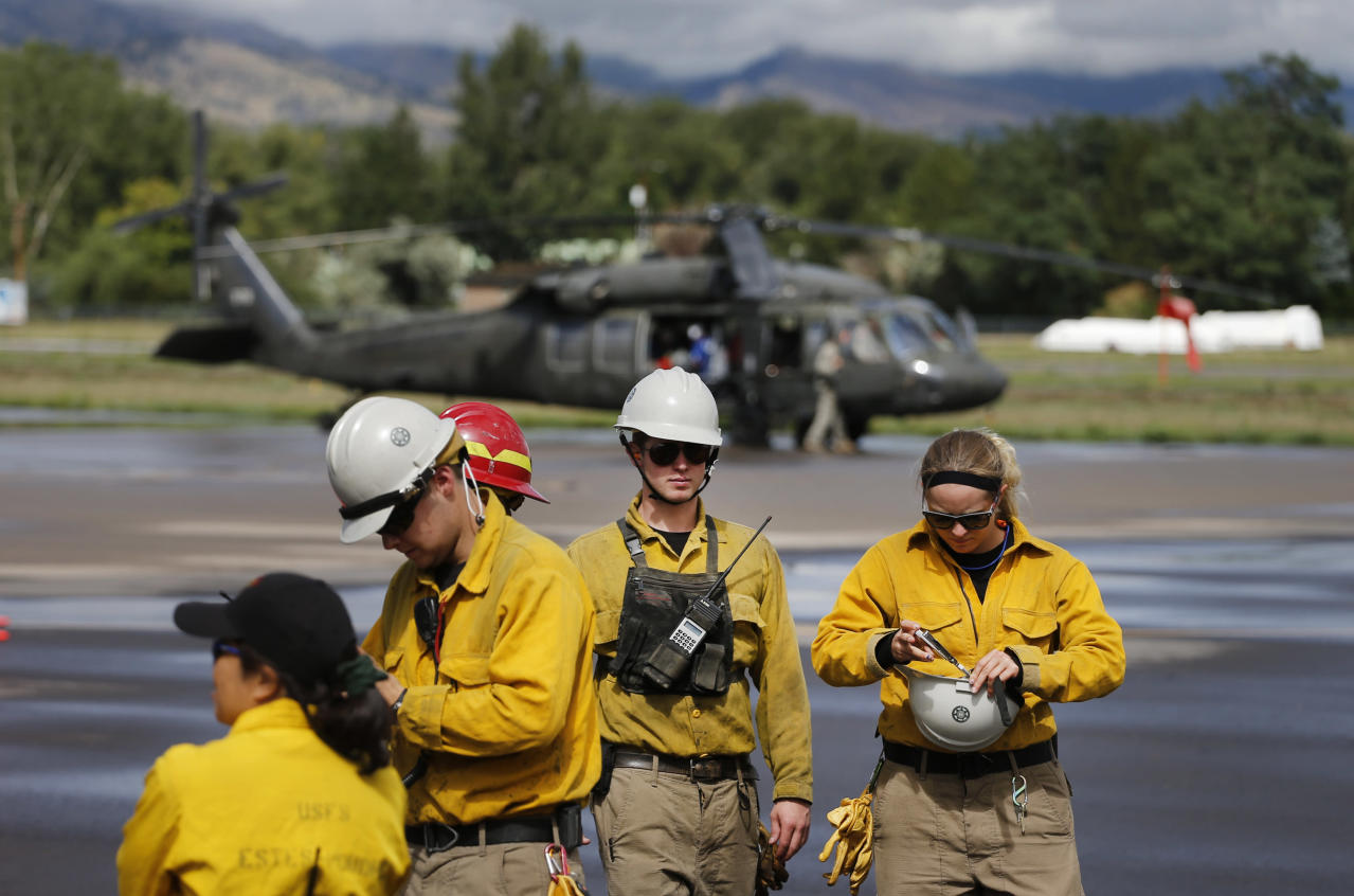Chopper rescues resume in Colorado floods - NY Daily News