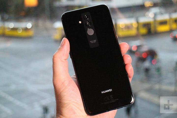 The Huawei Mate 20 Lite is A I -powered, attractive, and