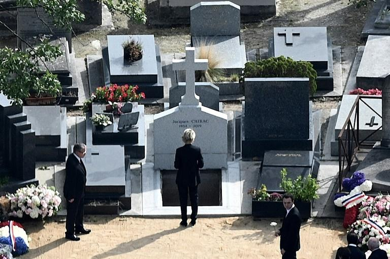Ex-president Jacques Chirac was buried at Montparnasse cemetery next to his eldest daughter Laurence, who died in 2016 (AFP Photo/Philippe LOPEZ)