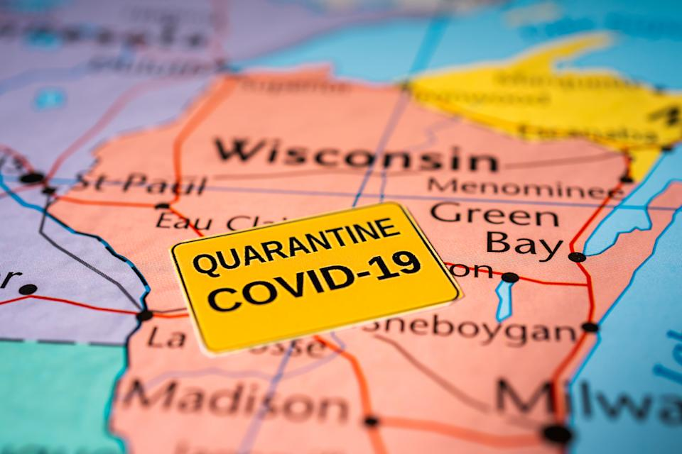 wisconsin map shows covid outbreak