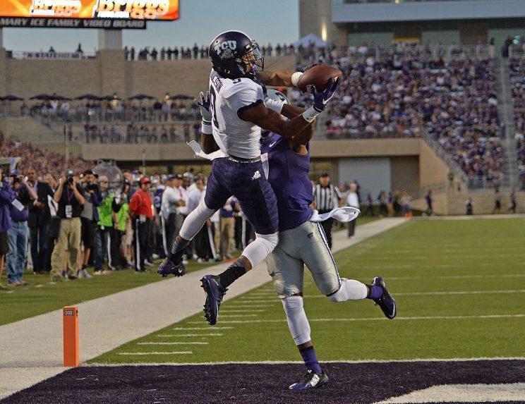 Josh Doctson, making plays. (Photo by Peter G. Aiken/Getty Images) *** Local Caption ***
