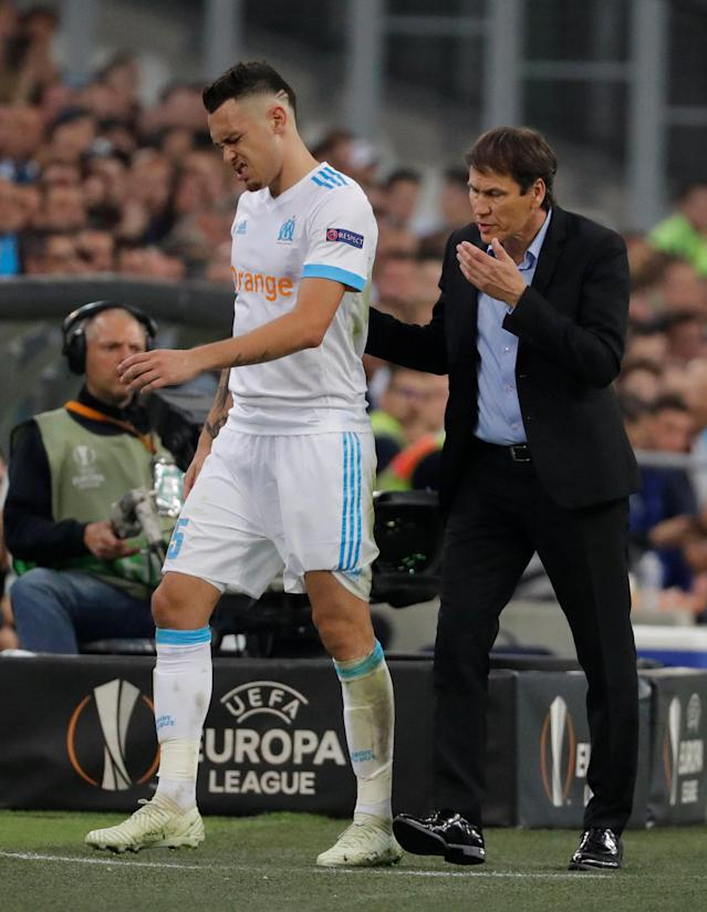 Soccer Football - Europa League Semi Final First Leg - Olympique de Marseille vs RB Salzburg - Orange Velodrome, Marseille, France - April 26, 2018 Marseille's Lucas Ocampos with coach Rudi Garcia after being substituted off REUTERS/Eric Gaillard