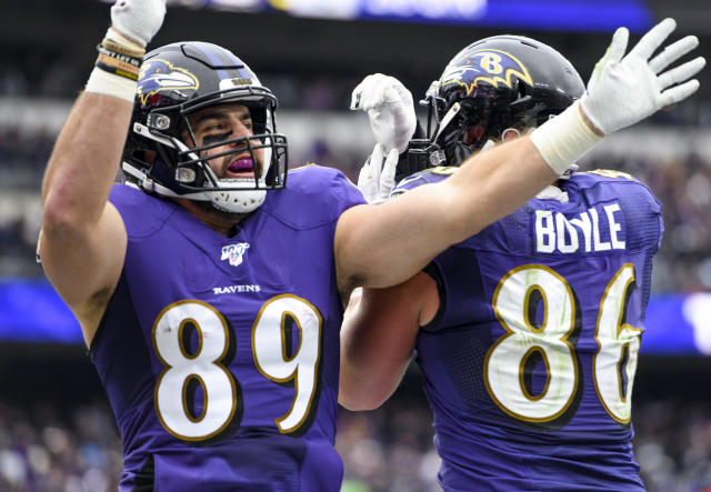 Baltimore Ravens tight end Mark Andrews (89) had a fun celebration after scoring on the 49ers. (Photo by Mark Goldman/Icon Sportswire via Getty Images)