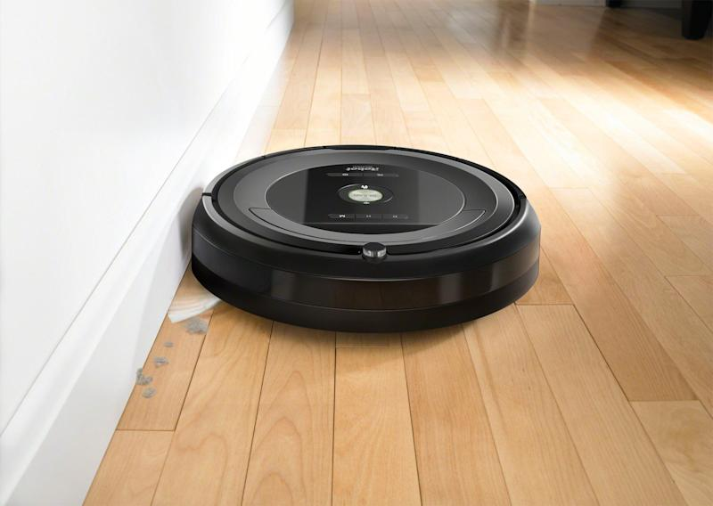 "Robot vacuums were a hot selling item on Prime Day, and the iRobot Roomba leads the way in robot vacuums. If you're still looking to score a good deal on one, <strong><a href=""https://fave.co/2O9wxpw"" target=""_blank"" rel=""noopener noreferrer"">we found this iRobot 680 for 25% off at Walmart for $226 (normally $300)</a></strong>.&nbsp;"
