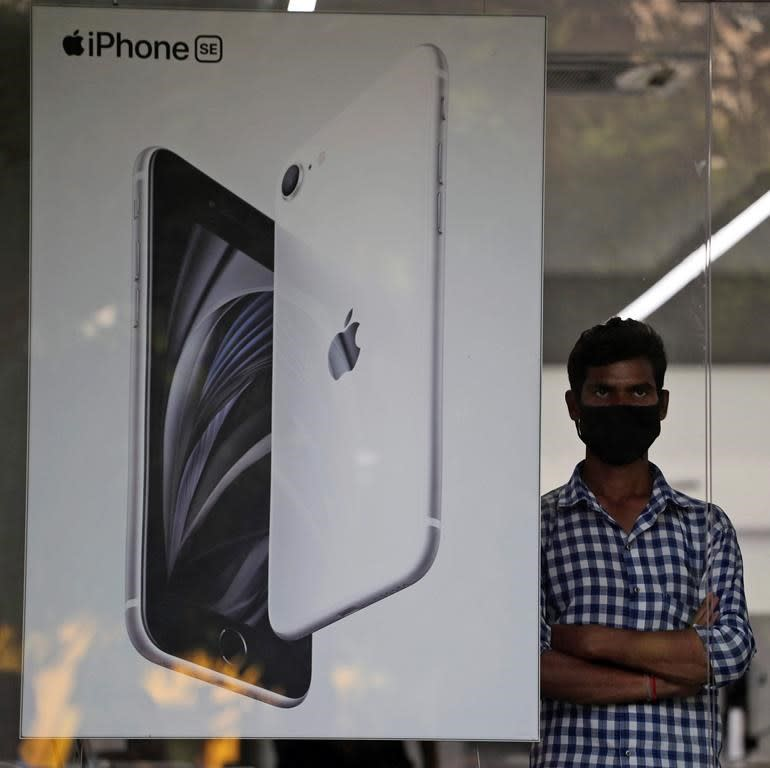 Apple vendor is reportedly planning to shift iPhone production to India
