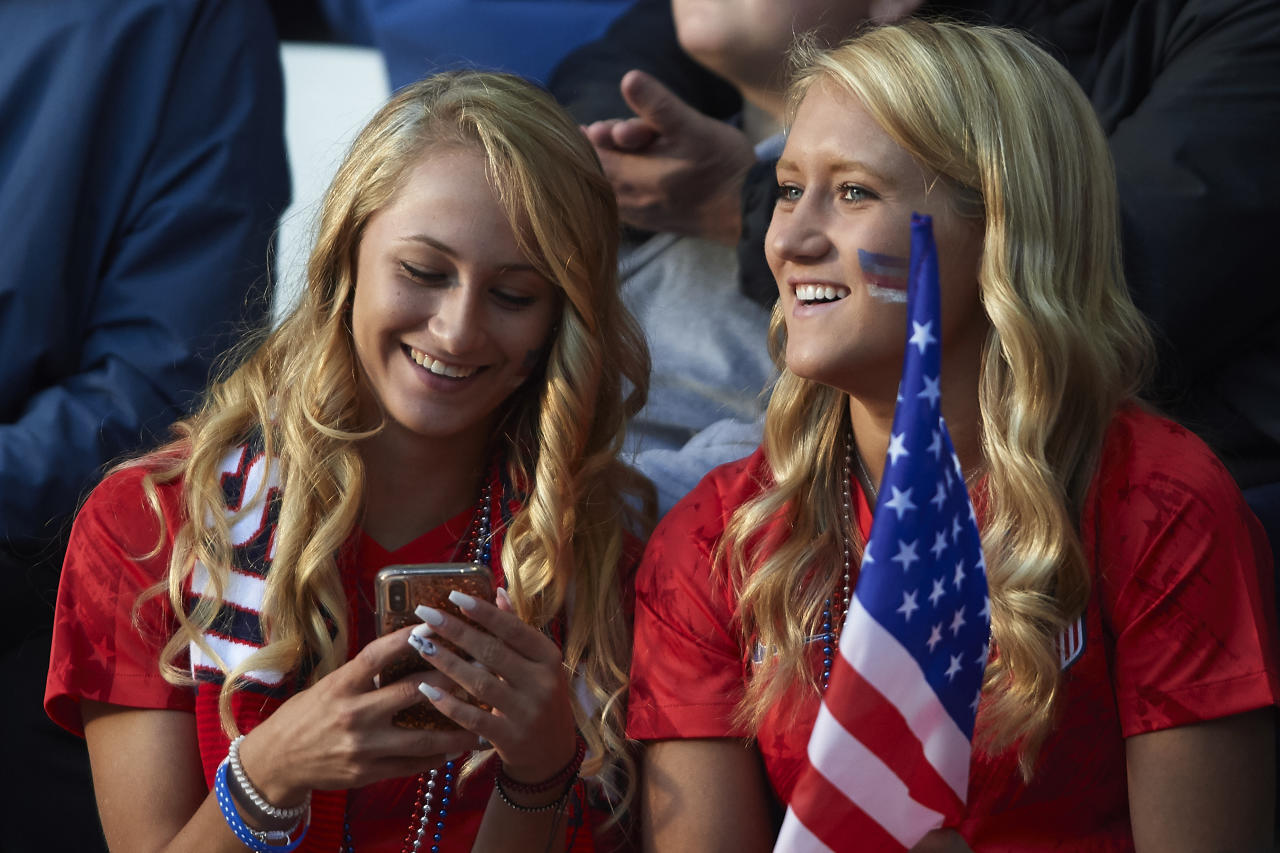 Fans of USA competes prior to the 2019 FIFA Women's World Cup France group F match between USA and Thailand at Stade Auguste Delaune on June 11, 2019 in Reims, France. (Photo by Quality Sport Images/Getty Images)