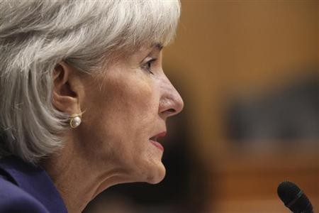 """U.S. Health and Human Services Secretary Kathleen Sebelius testifies before a Senate Finance Committee hearing on """"Health Insurance Exchanges: An Update from the Administration"""" and the issues surrounding the Obama administration health plan commonly referred to as """"Obamacare,"""" on Capitol Hill in Washington November 6, 2013. REUTERS/Jim Bourg"""