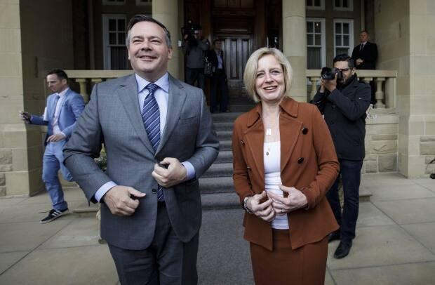 UCP Leader Jason Kenney and NDP Leader Rachel Notley meet in Edmonton on April 18, 2019, shortly after Kenney's party won the last provincial election. (Jason Franson/The Canadian Press - image credit)