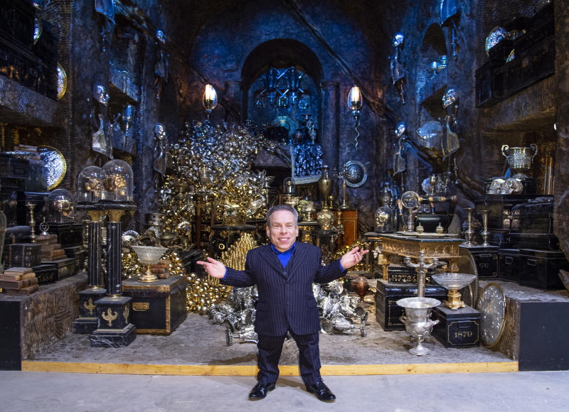 Warwick Davis in the Lestrange Vault set at the original Gringotts Wizarding Bank at Warner Bros. Studio Tour London in Watford. Warner Bros. Studio Tour London � The Making of Harry Potter unveils its biggest expansion to date, the original Gringotts Wizarding Bank will be open to the public from Saturday 6th April. (Photo by Gary Mitchell / SOPA Images/Sipa USA)