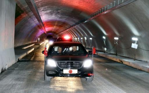 Erdogan takes spin in Bosphorus's first road tunnel