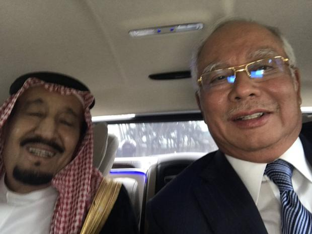 File photo of Prime Minister Datuk Seri Najib Razak and Saudi Arabia's King Salman Abdulaziz (left). — Picture courtesy of Twitter/Najib Razak