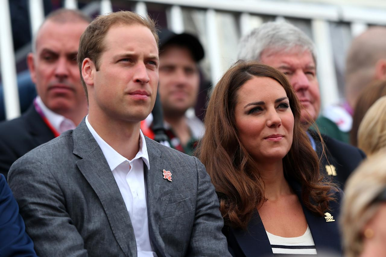 Prince William, Duke of Cambridge and Catherine, Duchess of Cambridge watch the Show Jumping Equestrian event on Day 4 of the London 2012 Olympic Games at Greenwich Park on July 31, 2012 in London, England.  (Photo by Alex Livesey/Getty Images)