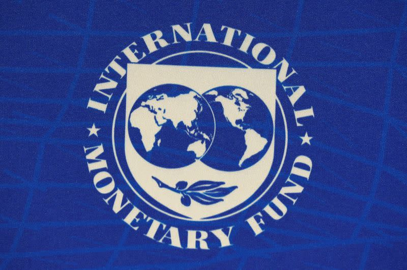IMF sees medium-term risks to global economy; more easing not the answer