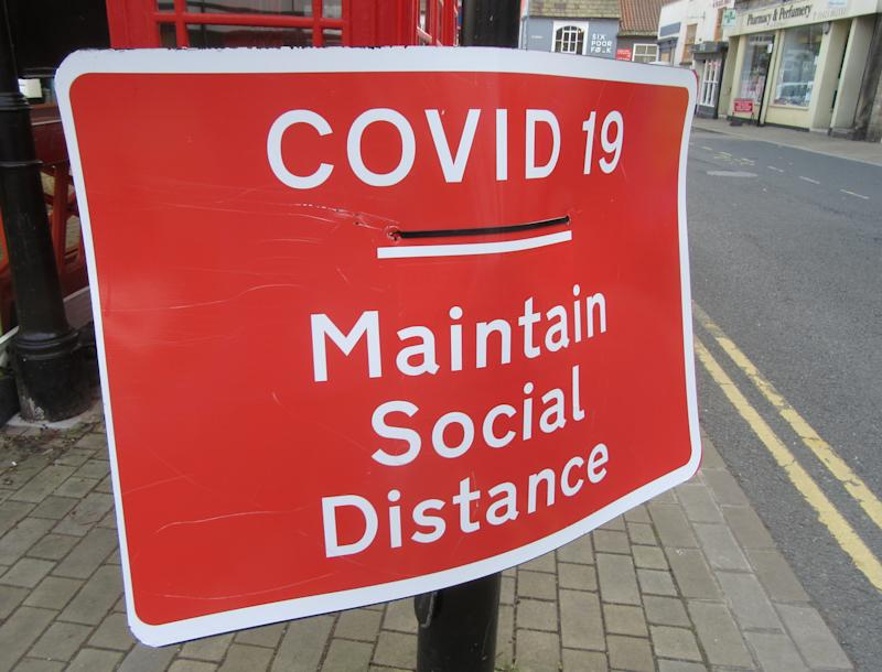 Road sign advising social distancing during Covid-19. Daily life in Yorkshire, the largest county in England, UK. (Photo by Keith Mayhew / SOPA Images/Sipa USA)