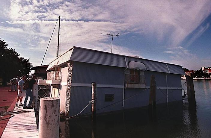 The houseboat in Miami Beach where accused killer Andrew Cunanan was found dead.