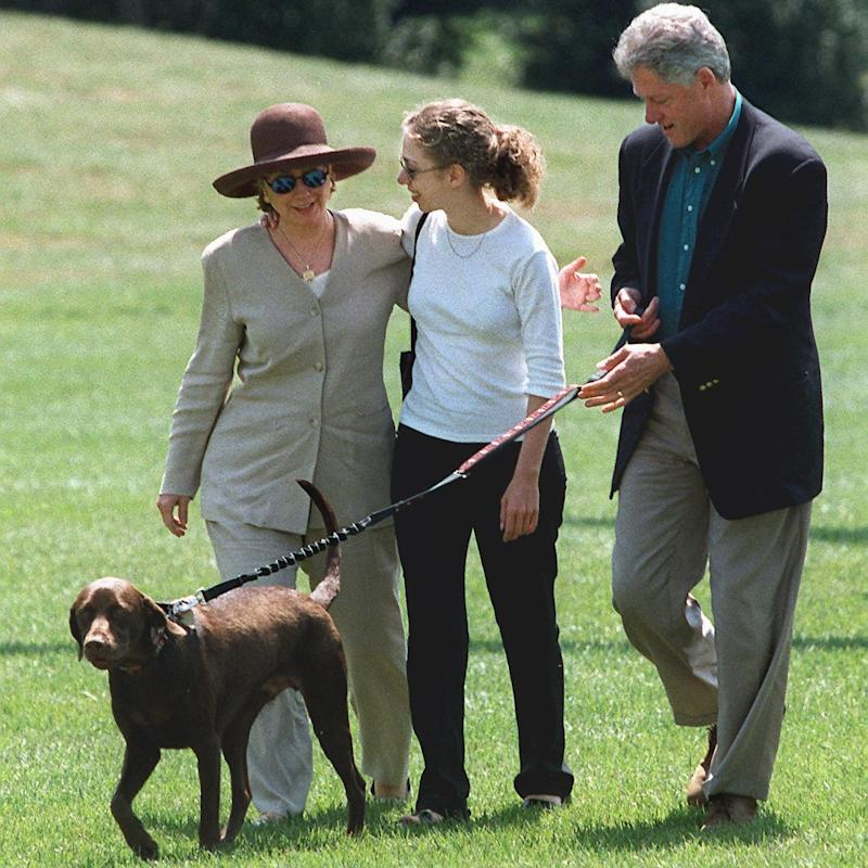 The first family at the White House in 1998 - Credit: Tim Sloan/AFP