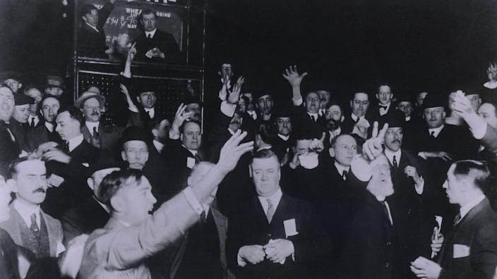 Traders in the Wheat pit of the Board of Trade in Chicago 1920.