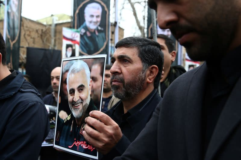 Iranian gather to mourn General Qassem Soleimani in Tehran