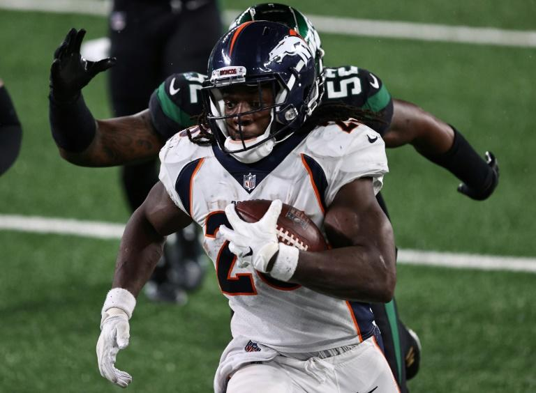 NFL Broncos top rusher Gordon charged with drink driving