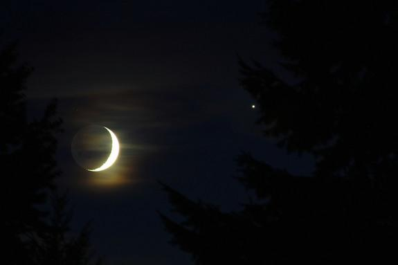 Skywatcher Samuel J. Hartman captured this close-up view of Venus near the crescent moon on Sept. 8, 2013 from State College, Pa.