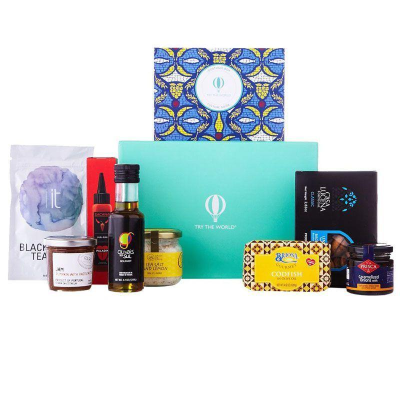 """<p><strong>Try the World</strong></p><p>trytheworld.com</p><p><strong>$39.00</strong></p><p><a href=""""https://go.redirectingat.com?id=74968X1596630&url=https%3A%2F%2Fwww.trytheworld.com%2Fpages%2Fselection&sref=https%3A%2F%2Fwww.esquire.com%2Flifestyle%2Fg18726497%2Flast-minute-mothers-day-gift-ideas%2F"""" rel=""""nofollow noopener"""" target=""""_blank"""" data-ylk=""""slk:Buy"""" class=""""link rapid-noclick-resp"""">Buy</a></p><p>Set her up with this monthly subscription for international gourmet delicacies from places like Morocco, Italy, and Argentina.</p>"""