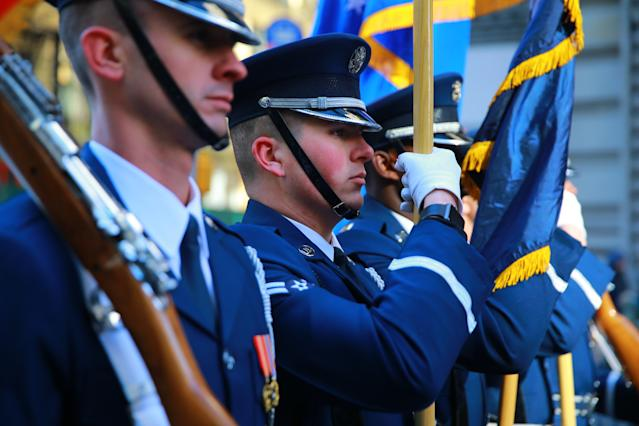 <p>Members of the United States Air Force Honor Guard pause while marching in the Veterans Day parade in New York City on Nov. 11, 2017. (Photo: Gordon Donovan/Yahoo News) </p>