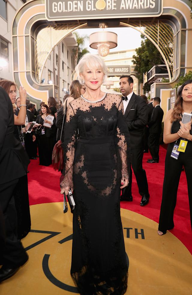 Helen Mirren attends the 2018 Golden Globes. (Photo: Getty Images)