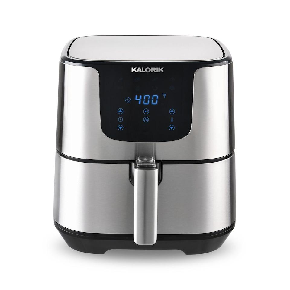 Kalorik 3.5 Quart Air Fryer Pro. Image via Walmart.