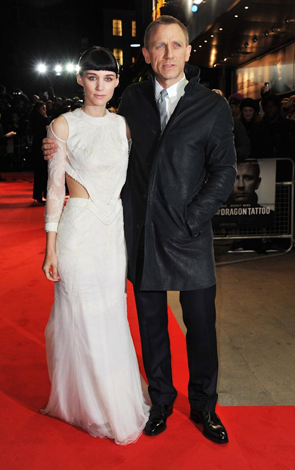 """<span>Rooney Mara</span> and <a href=""""http://movies.yahoo.com/movie/contributor/1800023173"""">Daniel Craig</a> at the London premiere of <a href=""""http://movies.yahoo.com/movie/1810163569/info"""">The Girl With the Dragon Tattoo</a> on December 12, 2011."""