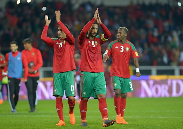Soccer Football - International Friendly - Serbia vs Morocco - Stadio Olimpico Grande Torino, Turin, Italy - March 23, 2018 Morocco's Medhi Benatia and Nabil Dirar applaud the fans at the end of the match REUTERS/Massimo Pinca