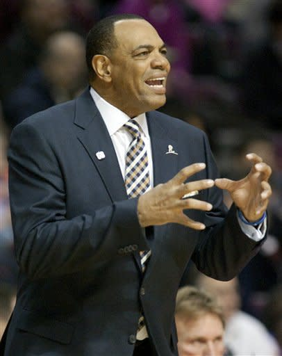 Memphis Grizzlies coach Lionel Hollins gestures to his team during the first half of an NBA basketball game against the Detroit Pistons Friday, Jan. 20, 2012, in Auburn Hills, Mich. The Grizzlies defeated the Pistons 98-81. (AP Photo/Duane Burleson)