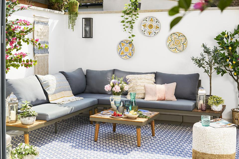 Bring the Mediterranean experience into your home. (Wayfair)